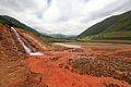 Vývěr minerálky, údolí Truso - panoramio.jpg