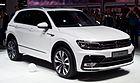 VW Tiguan 2.0 TDI 4MOTION R-Line (II) – Frontansicht, 19. September 2015, Frankfurt.jpg