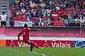 Valais Cup 2013 - OM-FC Porto 13-07-2013 - Brice Samba tirant un 6 mètres 1.jpg