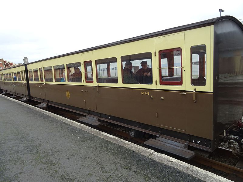 File:Vale of Rheidol carriage 4148 view 2 - 2017-03-04.jpg