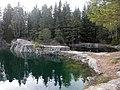 Vattenfyllt kalkbrott (Raä-nr Sala stad 102-1) 4894.jpg