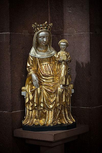 File:Vierge à l'enfant crypte Cathédrale Notre-Dame de Strasbourg nov 2014.jpg