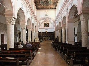 Risultati immagini per foto interno cattedrale di Vieste