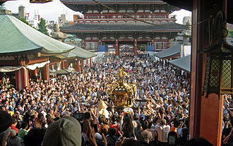 Sanja Matsuri - A view of the Hōzōmon as well as one of the main mikoshi as seen from the top of the steps of the Sensō-ji