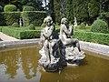 Villa schifanoia, giardino, fontana 04.JPG