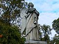 Würzburg-hauptfriedhof-gedenkstätte-ludwika-mirska-engel-detail.JPG