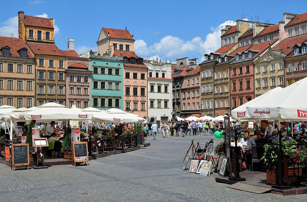 Piazza del mercato a Varsavia - Foto di Adrian Grycuk