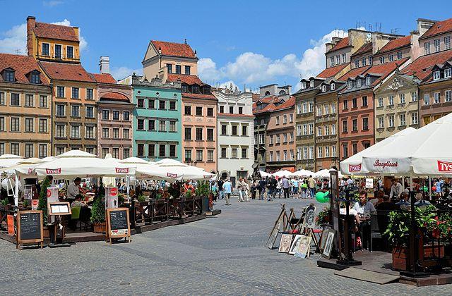 Place du marché de Varsovie aujourd'hui