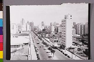 Vista parcial da Avenida Cásper Líbero. São Paulo/Sp