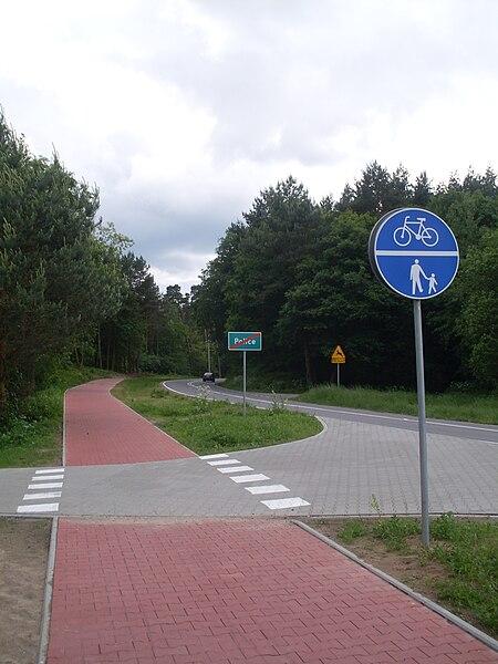 Gut ausgeführter gemeinsamer Rad- und Fußweg in Polen