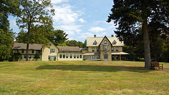 The Hastings Center - Image: Woodlawn, Garrison, NY wide view