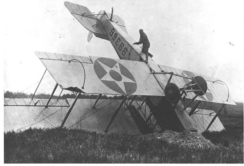 File:Wrecked airmail plane in Saugus, Massachusetts.jpg