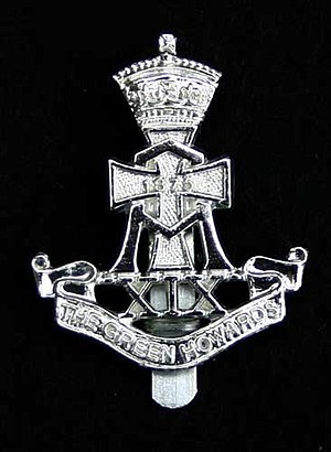 Green Howards - Image: XIX cap badge