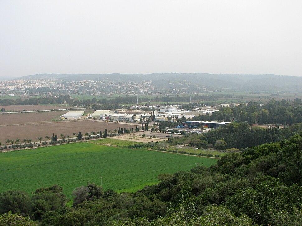 Yagur – Nesher, the Green Path – Mount Carmel 023