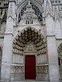Yonne Auxerre Saint-Etienne Portail Central - panoramio.jpg