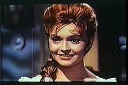 Yvonne monlaur the brides of dracula (2).jpg