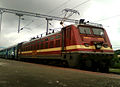 (22214) WAP-4 Loco with Goutami Express (empty rakes) at Lingampalli 06.jpg