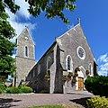 Église Saint-Germain de Moyon. Vue nord-ouest.jpg