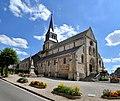Église Saint-Sauveur de Thury-Harcourt. Vue nord-ouest.jpg