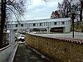 Český Krumlov, chodba na mostě.jpg