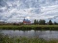 Вид на Казанскую церковь с пруда.jpg