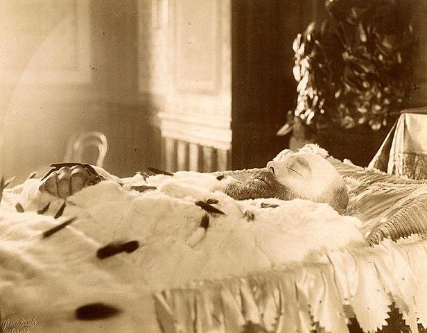 Александр III в гробу (Ливадия, 20 октября 1894)