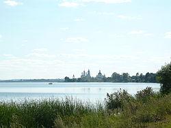 Озеро Неро у Ростова.JPG