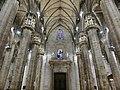 ミラノのドゥオモ:大聖堂内部5 (36309442424).jpg