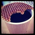 -Stroopwafel and coffee (6852891815).jpg