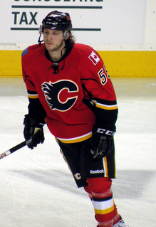 Canadian professional ice hockey player