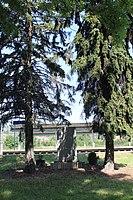 158 Zdice nádraží pomník.jpg