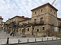 166 Casa Jove-Labandera, Museo Casa Natal de Jovellanos, pl. Jovellanos 2 (Cimavilla, Gijón).jpg
