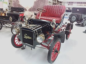 Runabout (car) - 1907 Cadillac Model K at AutoWorld in Brussels