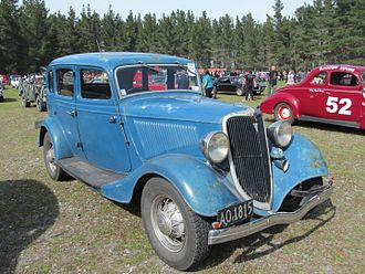 1932 Ford - 1934 Ford Model 40