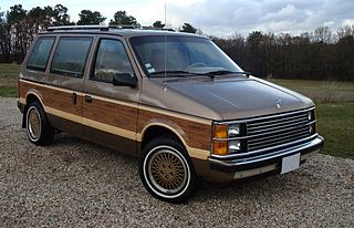 Chrysler minivans (S) Motor vehicle platform