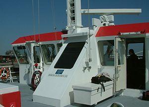 2007 05 03 Brückenhaus SWATH-Tender Döse DSCF0017.JPG