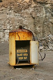 2008-08-31 Blast shelter at Crabtree Quarry.jpg