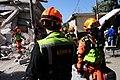 2010년 중앙119구조단 아이티 지진 국제출동100118 중앙은행 수색재개 및 기숙사 수색활동 (186).jpg