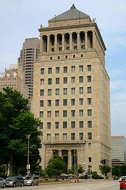 2010-07-04 1960x2940 stlouis civil courts building
