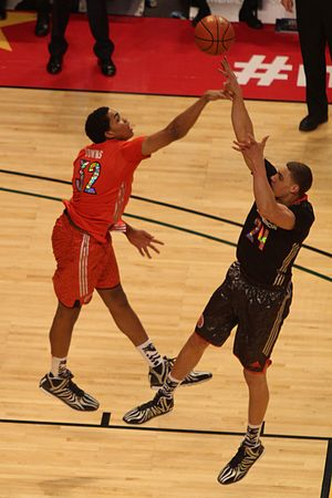 2014–15 Stanford Cardinal men's basketball team - Reid Travis shooting over Karl-Anthony Towns in the 2014 McDonald's All-American Boys Game