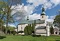 2015 Szczytna, kościół św. Jana Chrzciciela 02.jpg