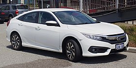 2017 Honda Civic VTi-S sedan (2018-10-29) 01.jpg