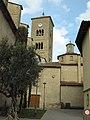 25 Sant Genís de Taradell, campanar i cimbori, des del carrer de l'Església.jpg