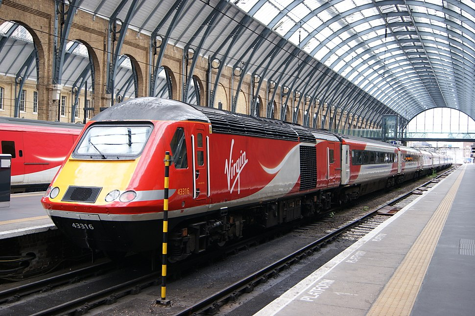 43 316 at Kings Cross by Hugh Llewelyn