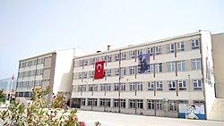 60. Yıl Anadolu Lisesi.jpg