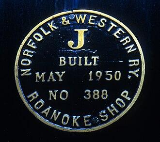 Roanoke Shops - Image: 611 plate