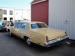 74 Chrysler Newport (6087334183).jpg