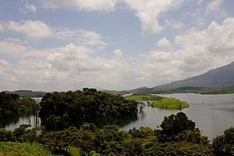 Banasura Sagar Dam - Image: A typical view of Banasura Dam