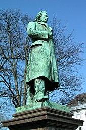 https://upload.wikimedia.org/wikipedia/commons/thumb/3/36/Aachen_Hansemann.jpg/170px-Aachen_Hansemann.jpg