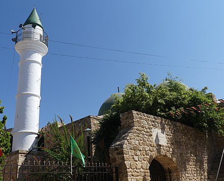 Minaret and double dome of the Abdul Hussein mosque, 2019 AbdulHussein Mosque TyreSourLebanon-RomanDeckert04102019.jpg